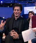 Shah Rukh Khan receives Crystal Award at World Economic Forum, thanks wife, mom and daughter for his values